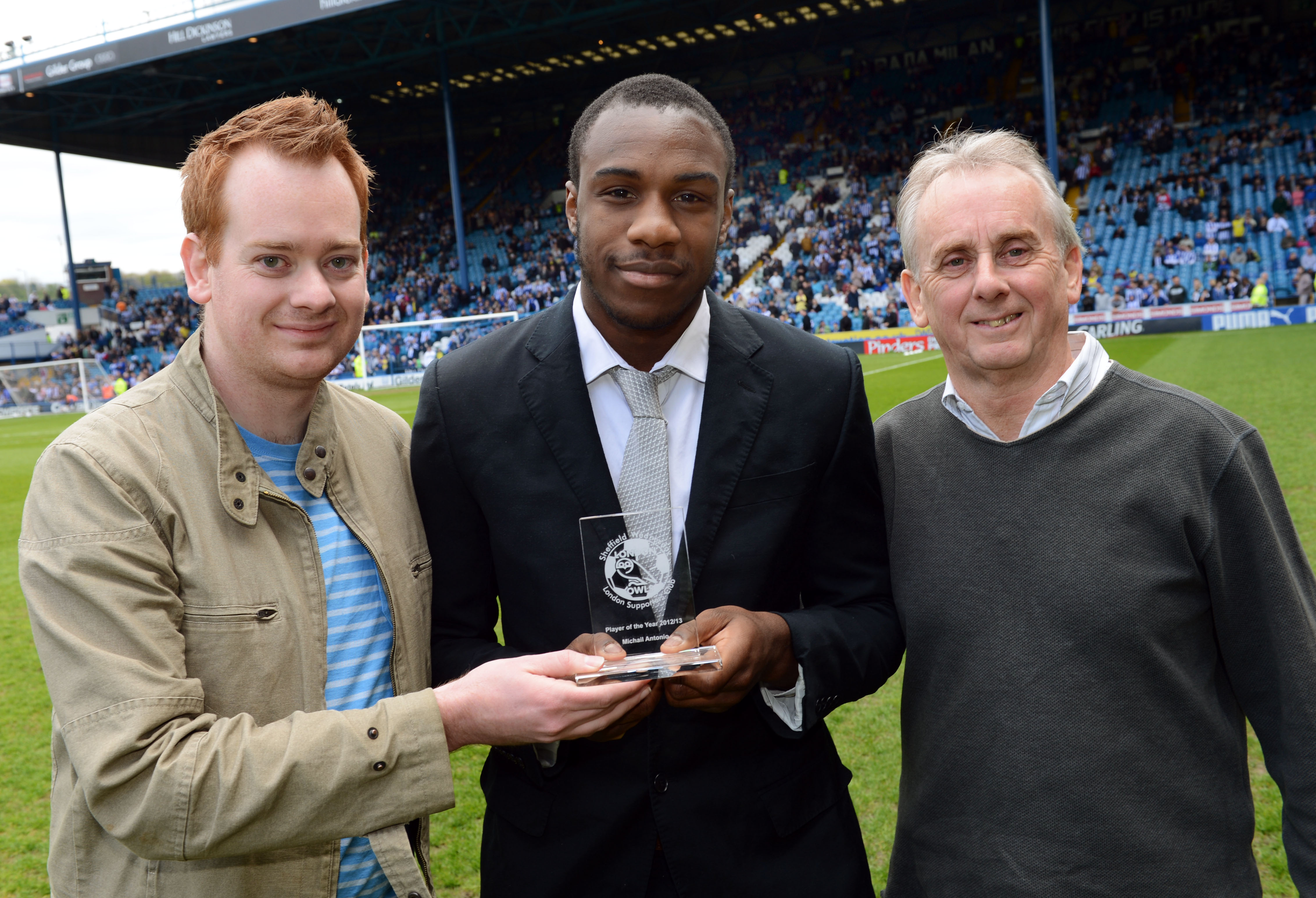 The presentation of the London Owls Player of the Year award was made to Michail Antonio prior to last Saturday's crucial final game of the...